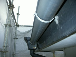 屋根排水管・施工前